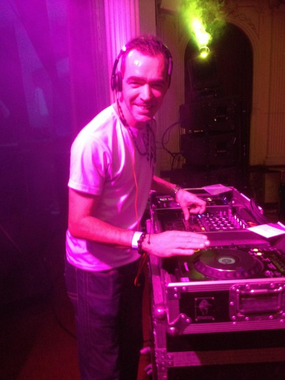 Professional Wedding DJ Lawrence performs for Platinum DJs in Kent.