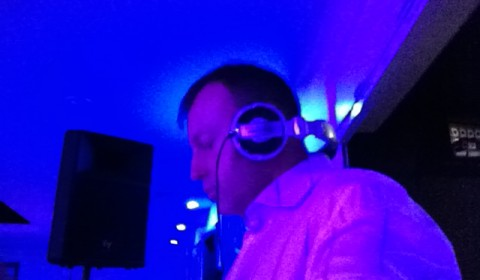 DJ Hire in London, Kent, Surrey and Essex with Platinum's DJ Murdoch Wilson